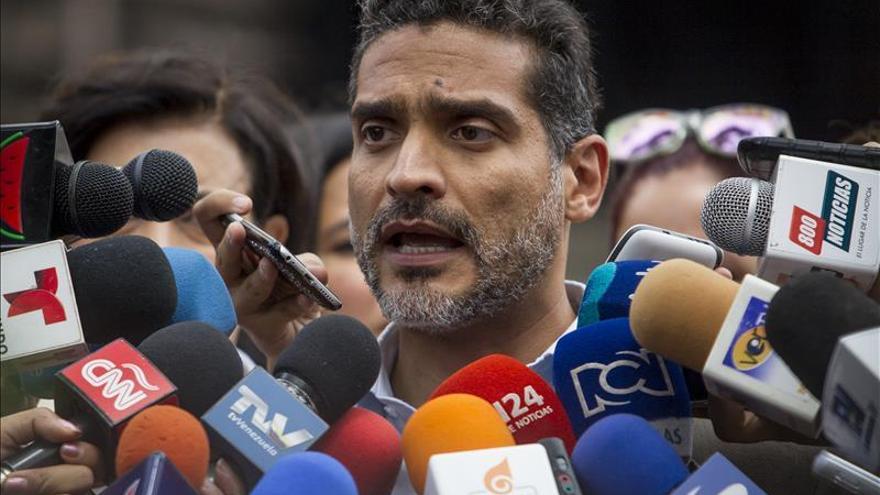 El abogado de Leopoldo López solicita a La Haya que investigue a Maduro