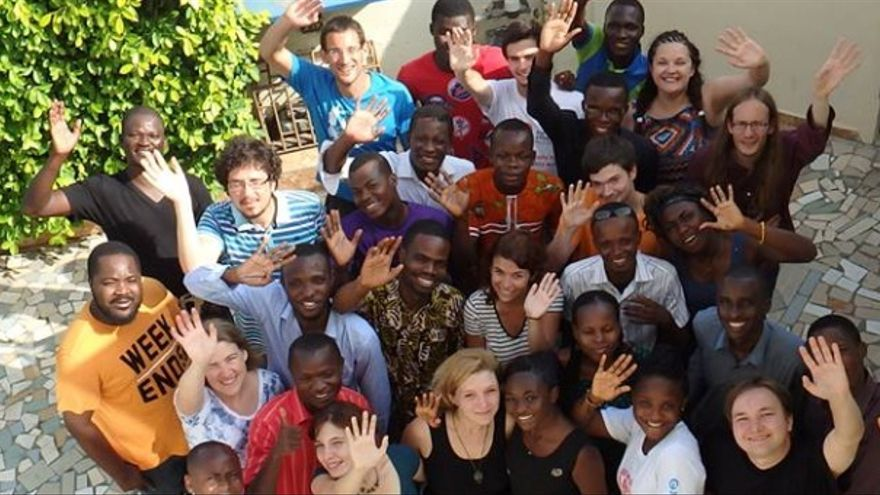 Lo aprenden personas de numerosos países de Europa, Vietnam, Brasil o Togo /  IJK 2018