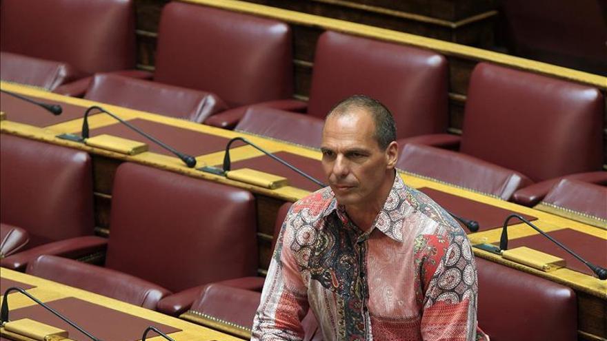 Varufakis apoya al partido escindido de Syriza en las elecciones griegas