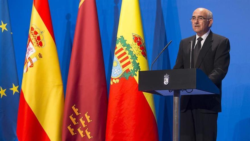 El expresidente murciano quiere que el PP vuelva a estar comprometido con la verdad