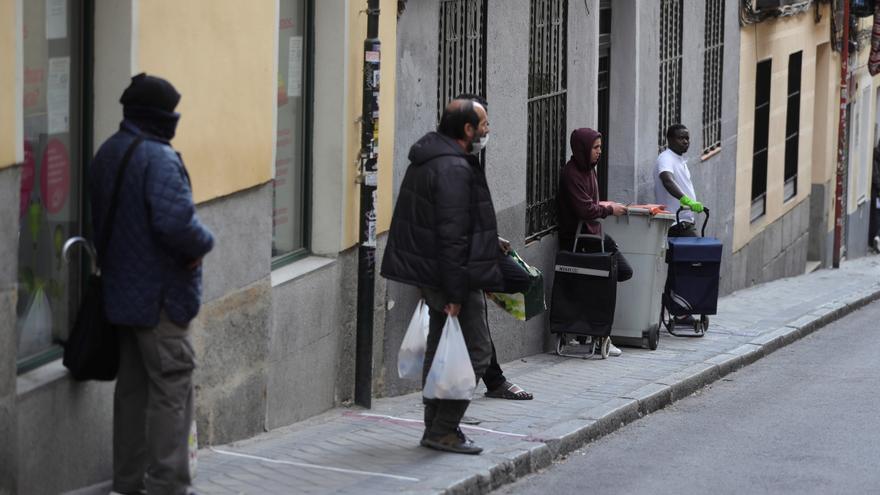 Oxfam Intermón: uno de cada tres pobres tras la covid en España será migrante