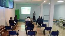 Formación en equipo de protección individual (EPI) en la Ciudad Deportiva de Miraflores (Santa Cruz de La Palma).