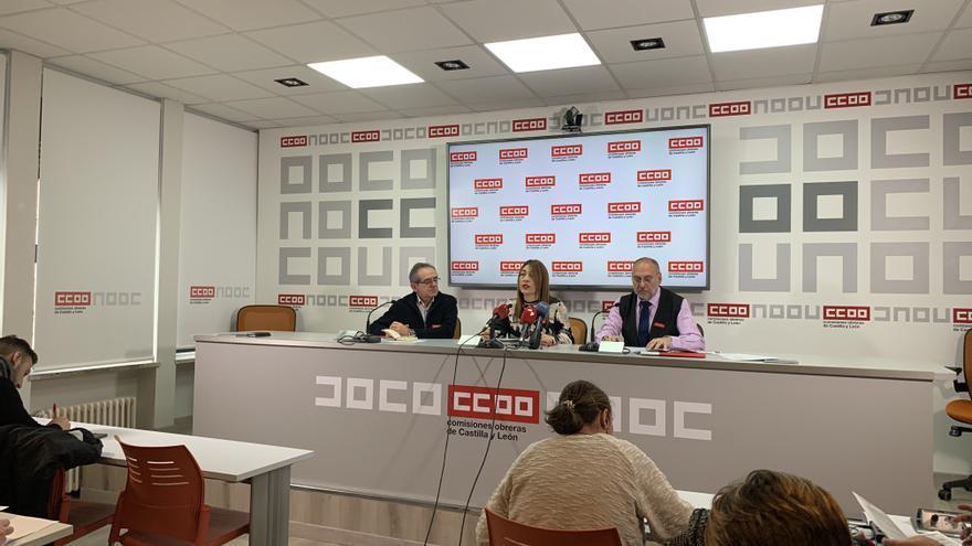 Luis Francisco Álvarez, Ana Rosa Cerrón y Salvador Escribano, de Comisiones Obreras.
