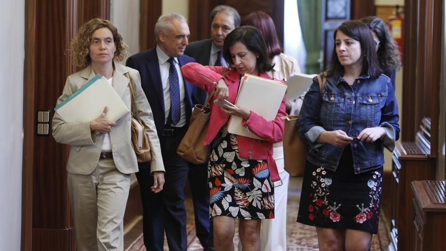 El PSOE quiere llamar a historiadores, periodistas, filósofos y economistas a la nueva comisión territorial del Congreso