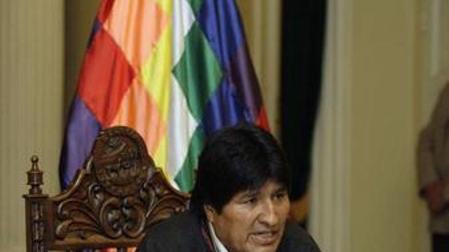 """Evo Morales arremete contra la """"invasión imperialista"""" en Sudamérica con bases militares"""