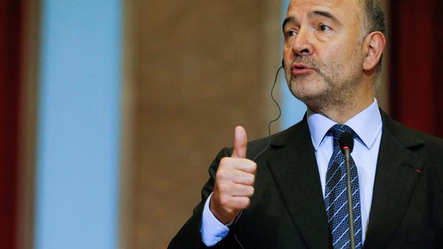 """Moscovici defiende la cohesión contra """"el populismo que nos llama a la puerta"""""""