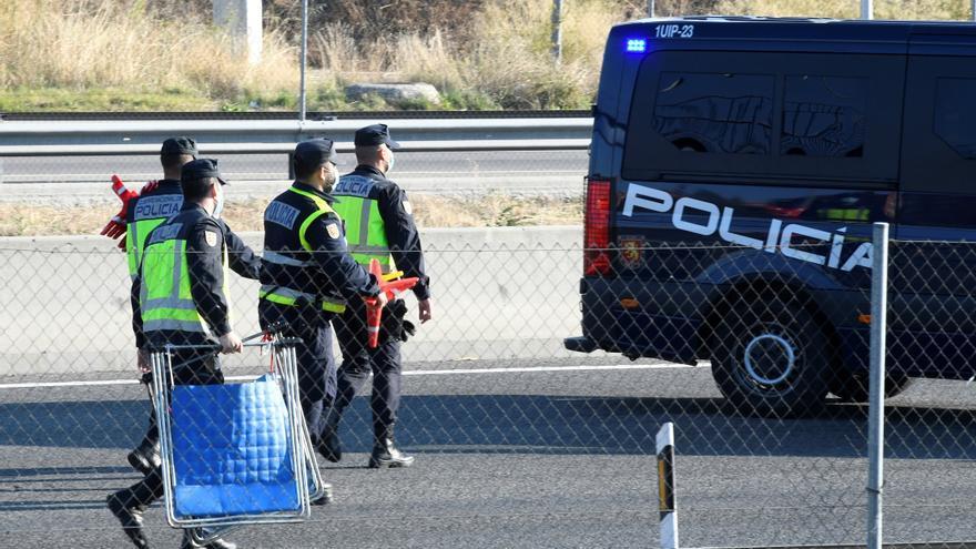 78.708 coches salieron ayer de Madrid desde las 15.00 horas hasta las 24.00