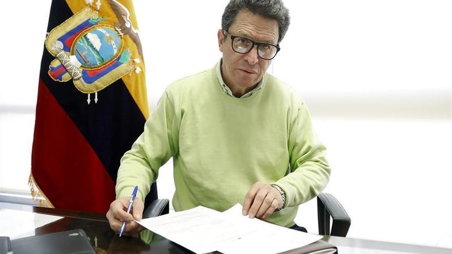 """El embajador de Ecuador en España defiende voto como muestra de """"amor"""" al país"""