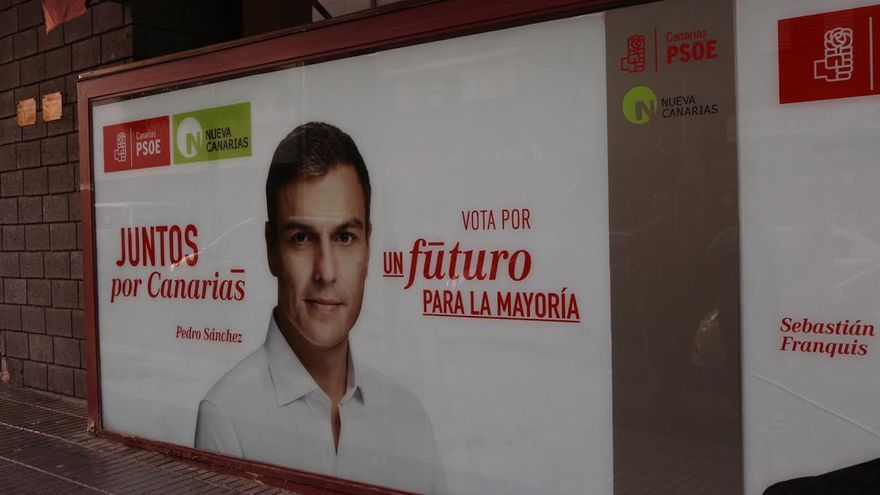 'Pegada de carteles' de PSOE-NC.