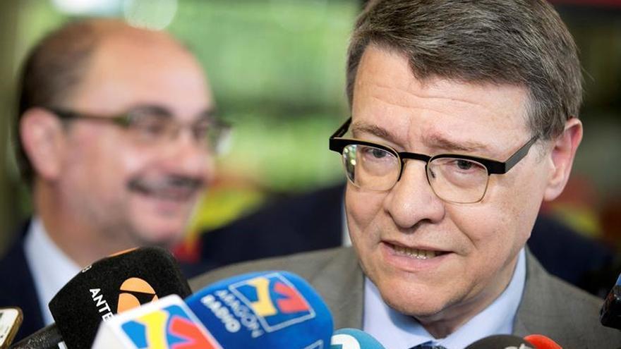 """Sevilla pide a Rajoy que """"se curre"""" los apoyos, pero sin buscarlos en el PSOE"""