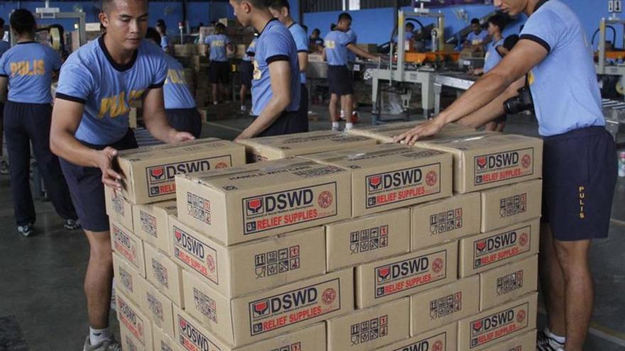Cinco muertos y ocho desaparecidos en Filipinas por el tifón Nock-Ten