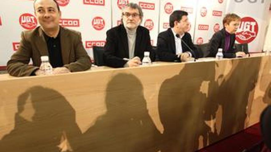 Responsables de Comunicación de CC.OO. y UGT, Fernando Lezcano y José Javier Cub