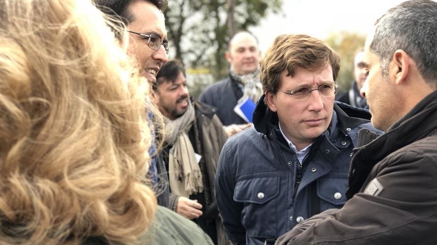 Almeida da la enhorabuena al nuevo presidente del PP de Cataluña y agradece a Albiol su defensa por la libertad