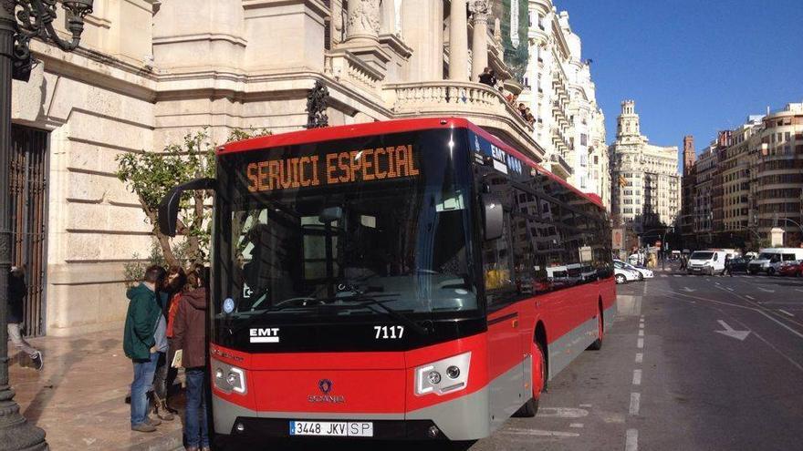 Uno de los nuevos autobuses de la EMT
