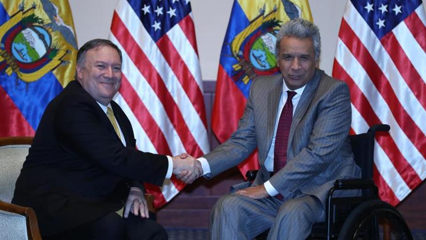 El presidente de Ecuador recibe al secretario de Estado de EE.UU. en Guayaquil