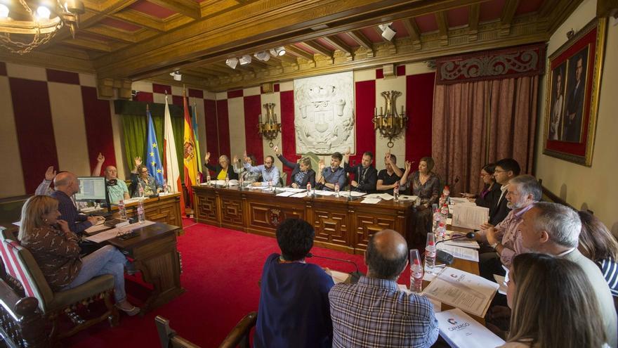 El equipo de Gobierno tendrá 7 concejales liberados y los sueldos de Bolado y Lavín suben un 27% y un 35%