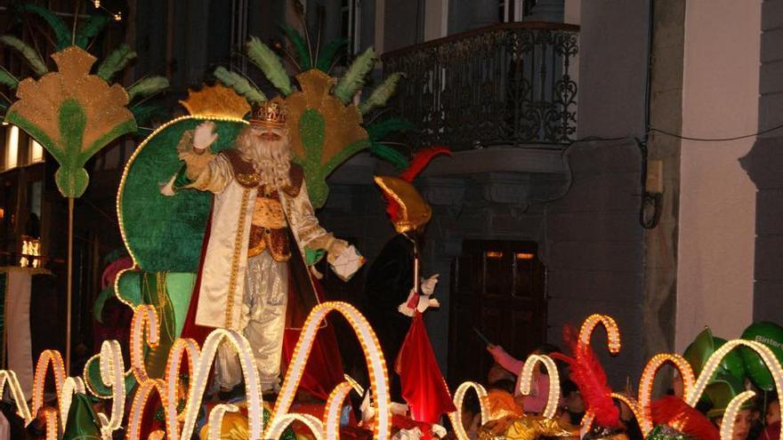 Imagen de archivo de lal tradicional Cabalgata de los Reyes Magos de Santa Cruz de La Palma.