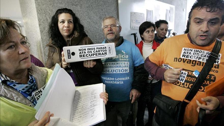 """Preferentistas critican que el gobierno """"salve al banco"""" y no sus ahorros"""