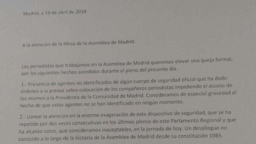 Escrito de protesta de los periodistas acreditados en la Asamblea de Madrid