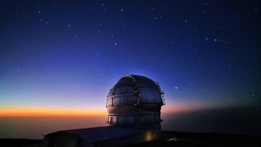 El Grantecan, el mayor telescopio óptico del mundo, en las cumbres de Garafía.