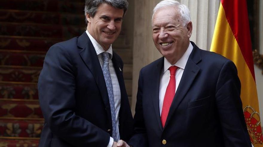 """España y Argentina acuerdan iniciar una """"nueva etapa"""" en sus relaciones"""