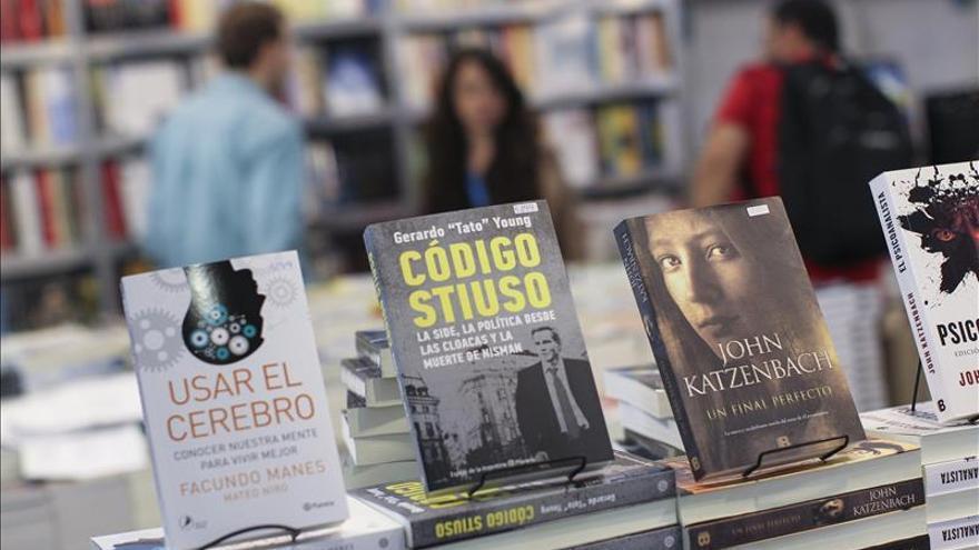Concluye la 41 Feria del Libro de Buenos Aires con 1,2 millones de visitantes