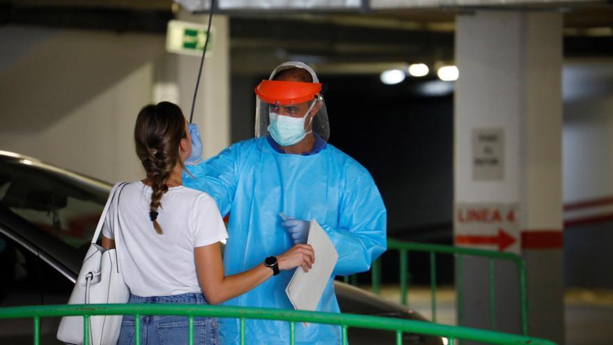 Andalucía registra 1.286 nuevos positivos y 30 muertes por covid