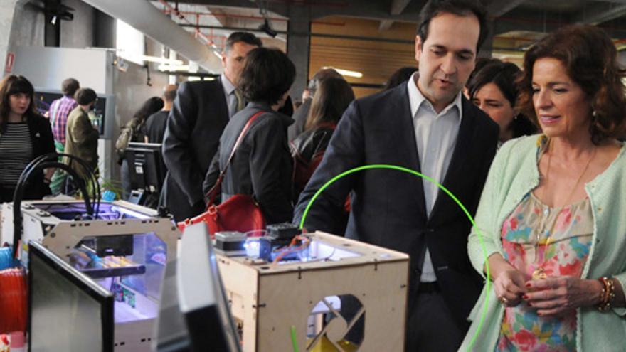 Ana Botella con Marcos García en la inauguración de la sede de MediaLab-Prado