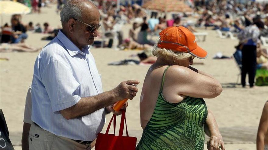 La pensión máxima caerá un 45 % hasta 2020, a 1.400 euros, según un informe