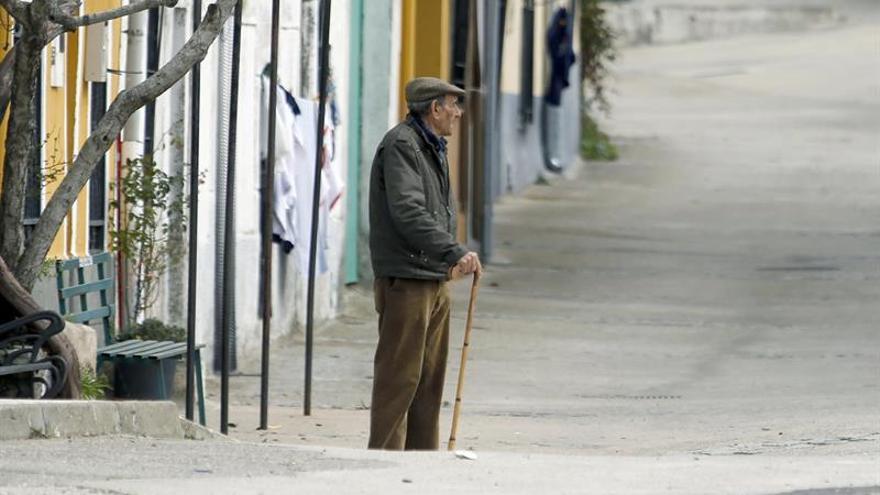 La pensión mínima de jubilación con cónyuge será de 11.044,6 euros en 2018