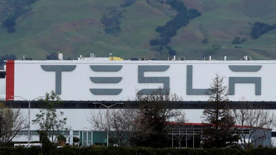En las últimas horas, Elon Musk, que ha minimizado el riesgo de infección y mortalidad del COVID-19, ha elevado el tono de su protesta contra las autoridades del condado de Alameda.