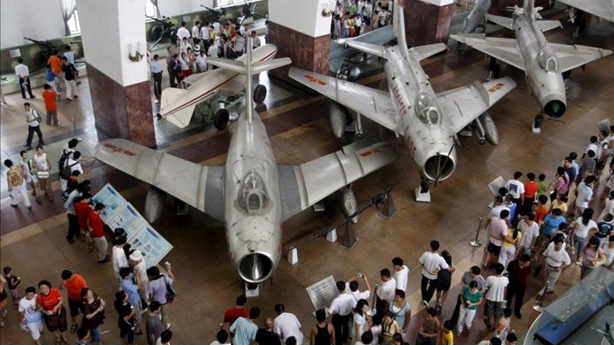 China envía por primera vez aviones militares al estrecho de Miyako