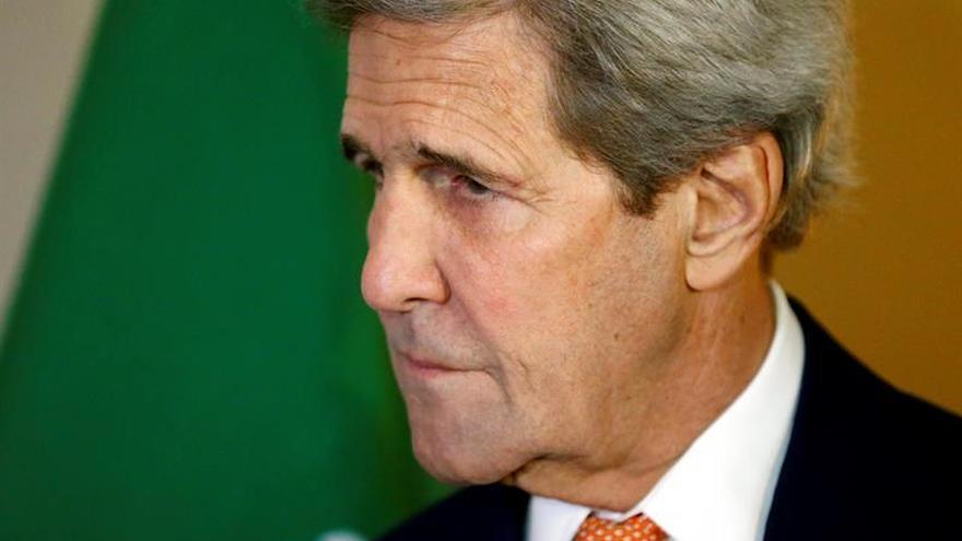 De Mistura se reúne con Kerry para tratar de desbloquear la tregua en Siria
