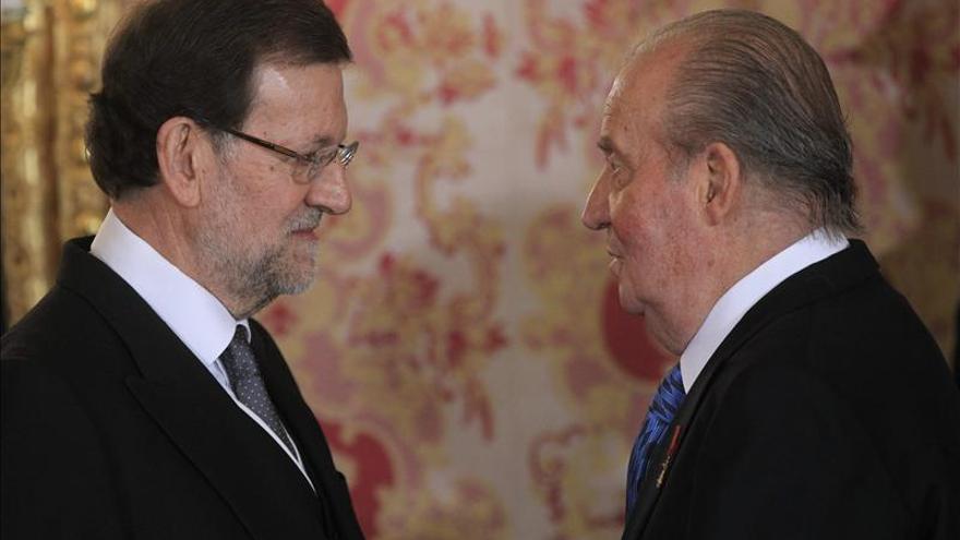 El Rey y Rajoy se reúnen hoy en su único despacho del verano en Marivent