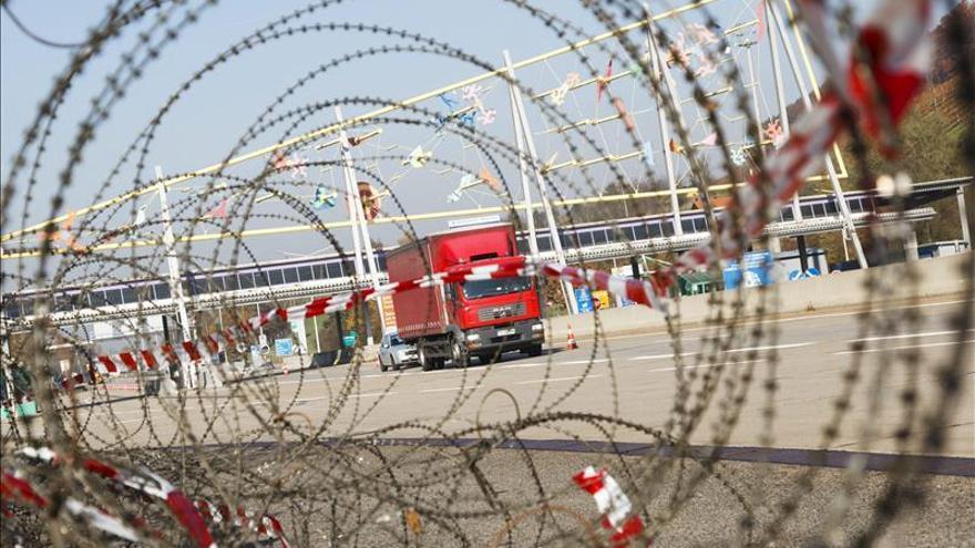 Austria instalará una valla de 3,7 kilómetros en su frontera con Eslovenia