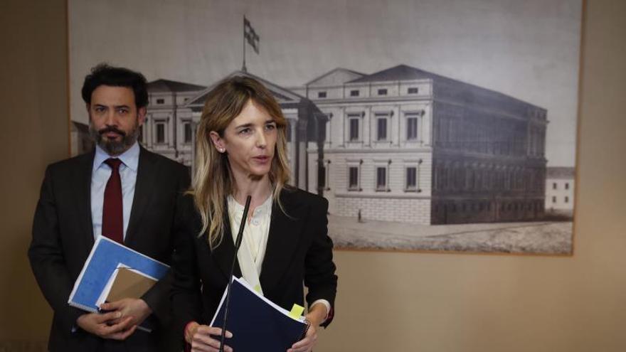 El PP pedirá las grabaciones del aeropuerto para ver qué hizo Delcy Rodríguez