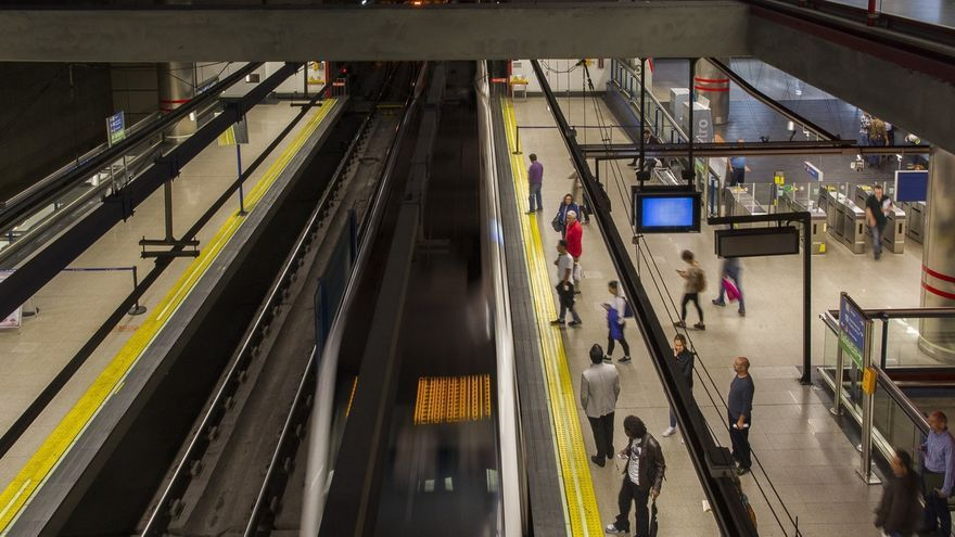 Metro reforzará hasta un 42% las líneas 1, 6, 7, 8, 9 y 10 este jueves con motivo del desfile del 12 de Octubre