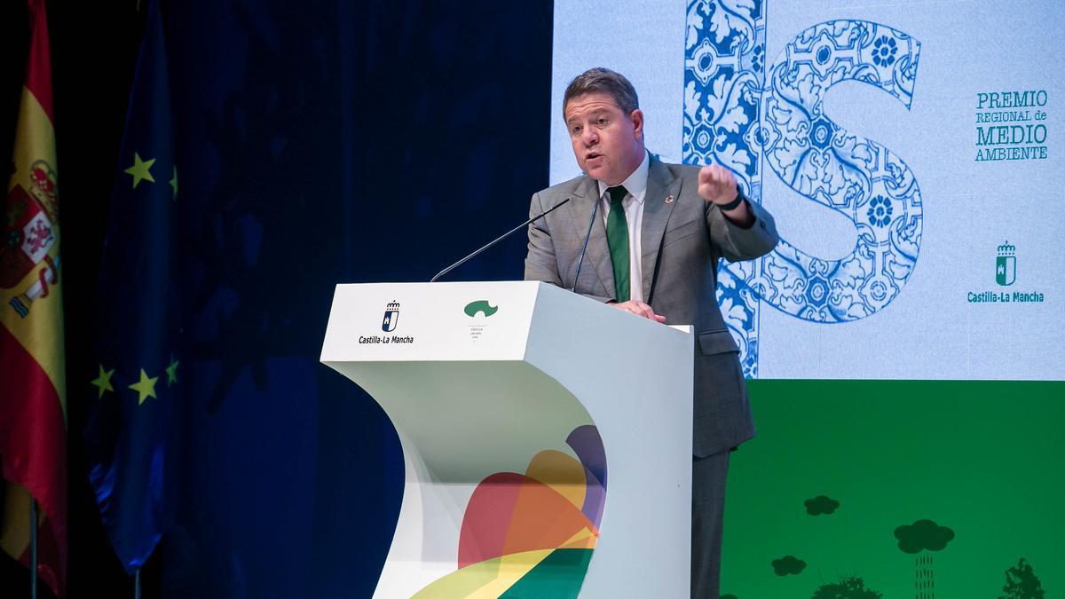 El presidente de Castilla-La Mancha en la entrega de los Premios Regionales de Medio Ambiente