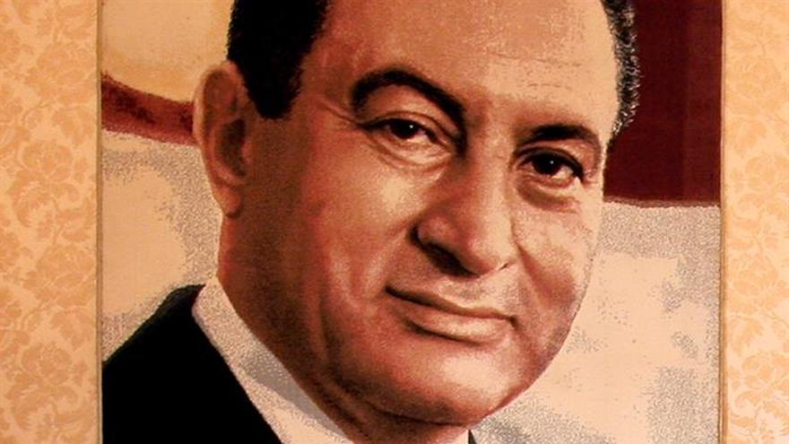 Absuelven definitivamente a ex primer ministro egipcio acusado de corrupción
