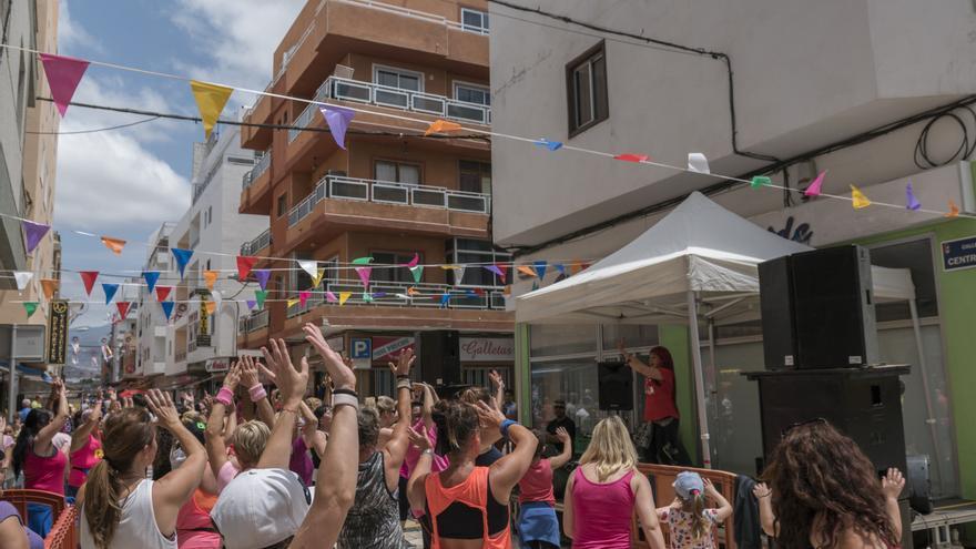 Actividad con amplia participación de la ciudadanía en el festival Arona en Colores