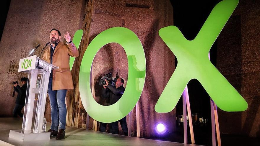 Santiago Abascal en el cierre de campaña de Vox en la plaza de Colón