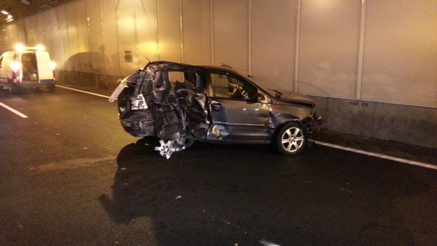Aparatoso accidente en el túnel de San José #6