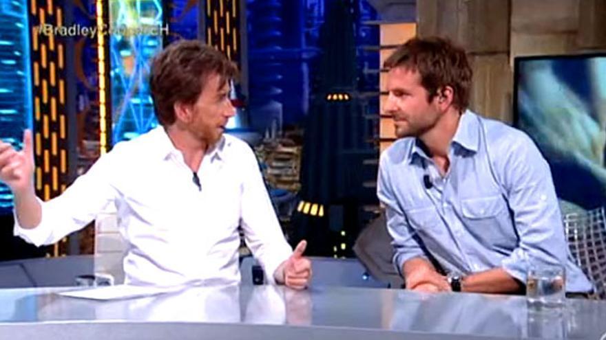 Lo que no se vio de la visita de Bradley Cooper al 'Hormiguero'