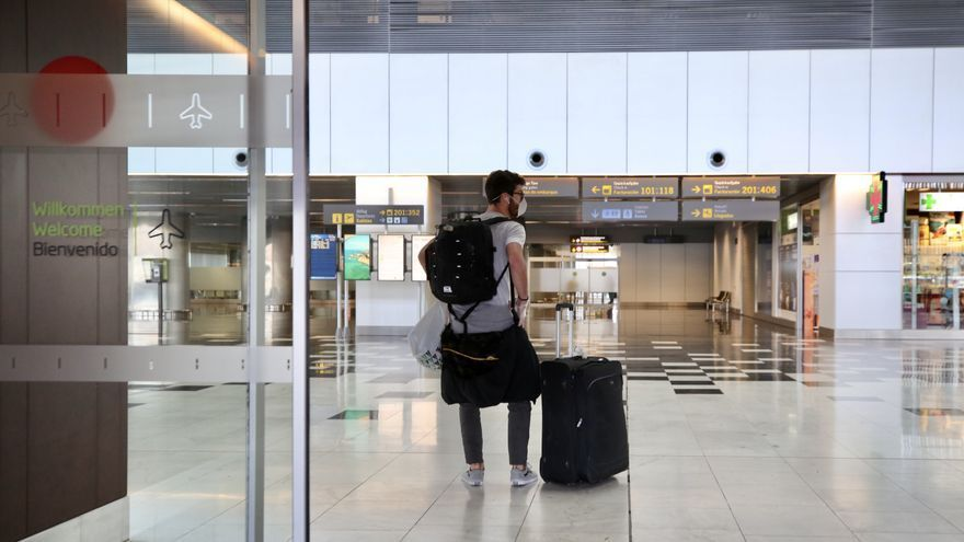 Aeropuerto de Gran Canaria vacío durante el estado de alarma. Alejandro Ramos