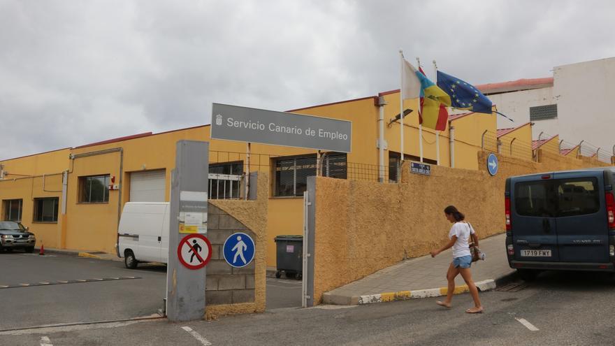 El paro en Canarias sube en 47.800 personas y solo Ceuta notifica una peor tasa de desempleo que el Archipiélago