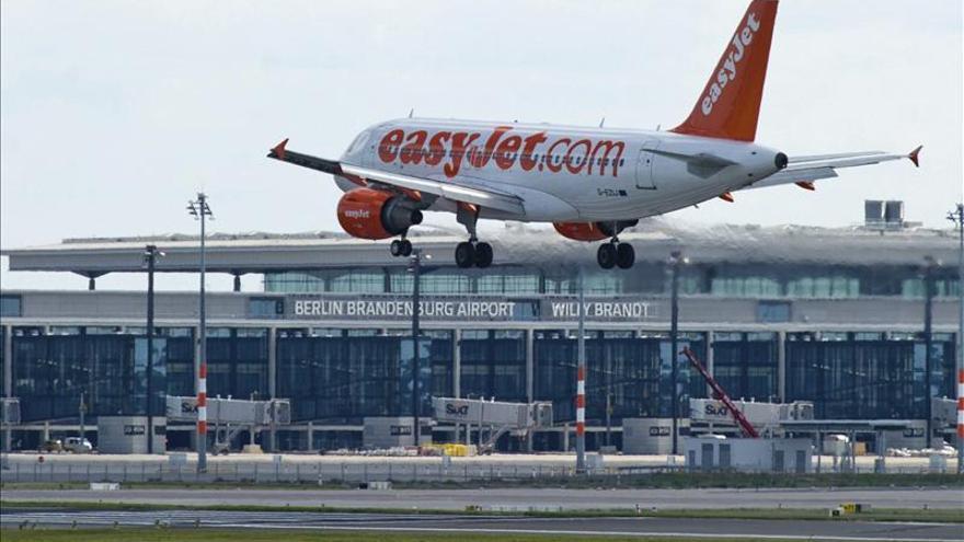Airbus y Easyjet prueban sus aviones con una tonelada de ceniza volcánica