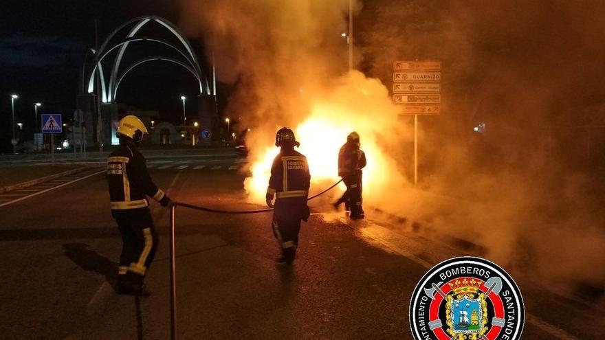 El Ayuntamiento destinará más de 200.000 euros al suministro de nuevos trajes para los bomberos