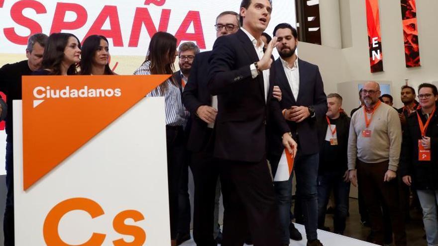 Rivera asume los malos resultados y propone un congreso extraordinario