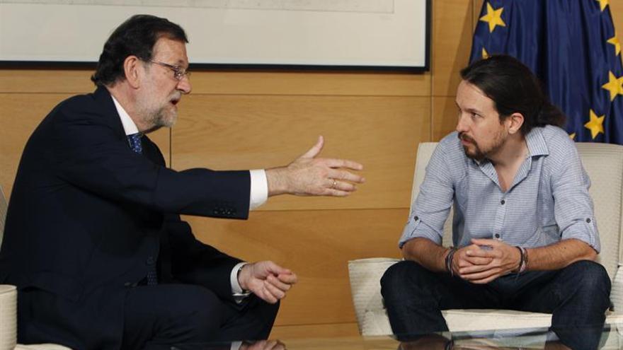 """Iglesias avisa al PSOE de que si da su abstención a Rajoy será """"socio"""" del PP"""