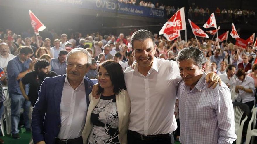 "Javier Fernández advierte sobre PP y Podemos: ""No pasarán"""